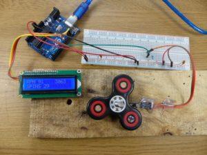 Fidget spinner rpm Arduino tachometer